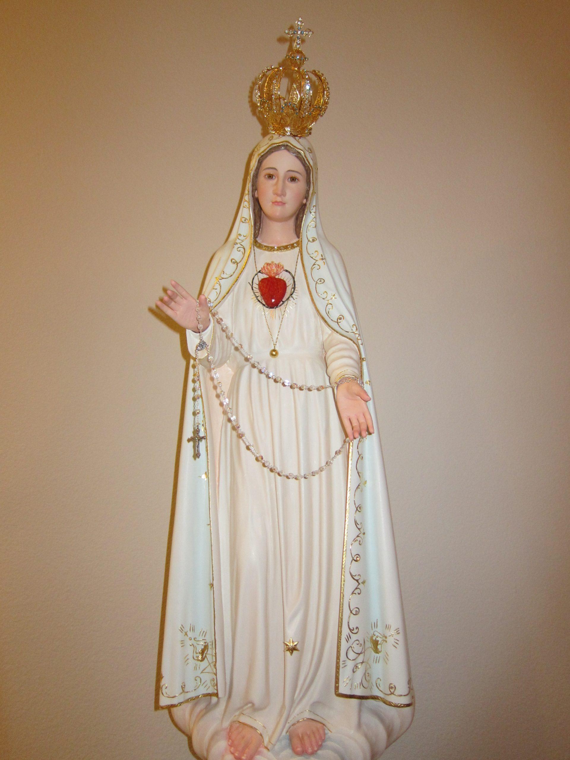 Giá bán tượng Đức Mẹ Mân Côi cạnh tranh nhất thị trường